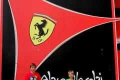 Ferrari World Abu Dhabi met kinderen