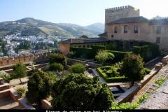 Binnen de muren van het Alhambra Andalusië met kinderen