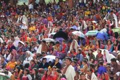 Tshechu Faro Bhutan met kinderen