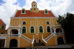 Fier fort Willemstad Curacao met kinderen