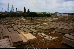 Joodse begraafplaats vergeten en verlaten Curacao met kinderen