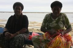 Fiji met kinderen handicrafts