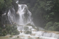 Kuansi waterval Laos in regentijd