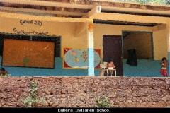 Embera indianen school Panama met kinderen