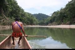 Embera indianen Panama met kinderen