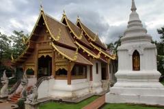 Chang Mai wat Phra Sing Thailand met kinderen