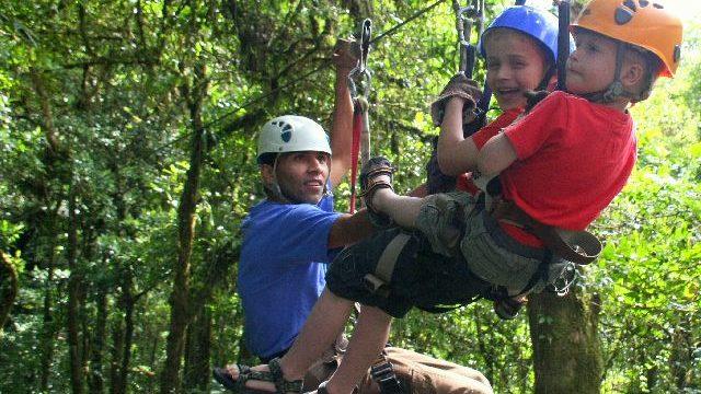 Canopy-met-onze-kinderen Costa Rica met kinderen