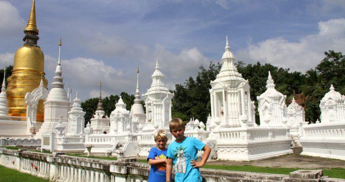 Chang Mai tempels Thailand met kinderen