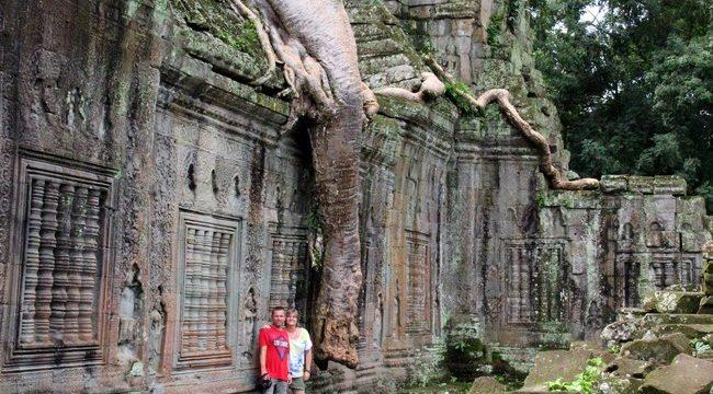 Preah Khan Cambodja met kinderen