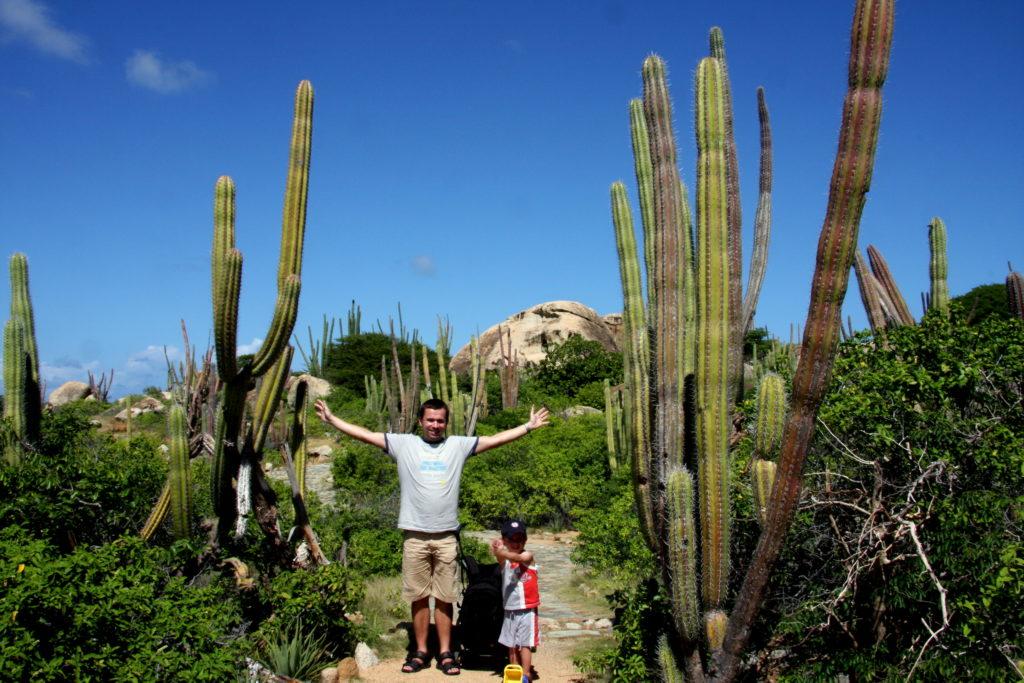 Arikok nationaal park Aruba met kinderen