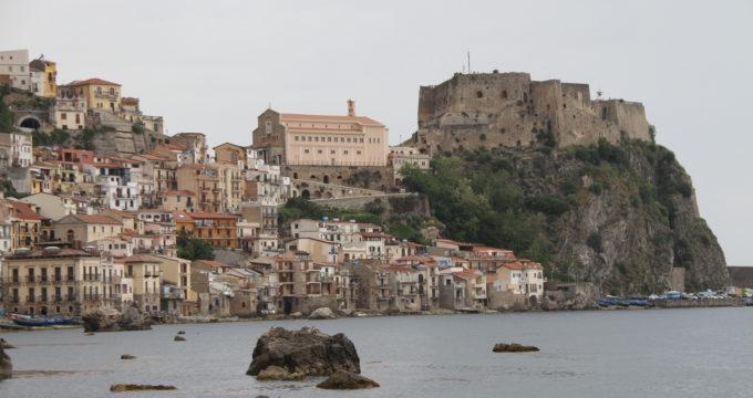Scilla Calabria met kinderen