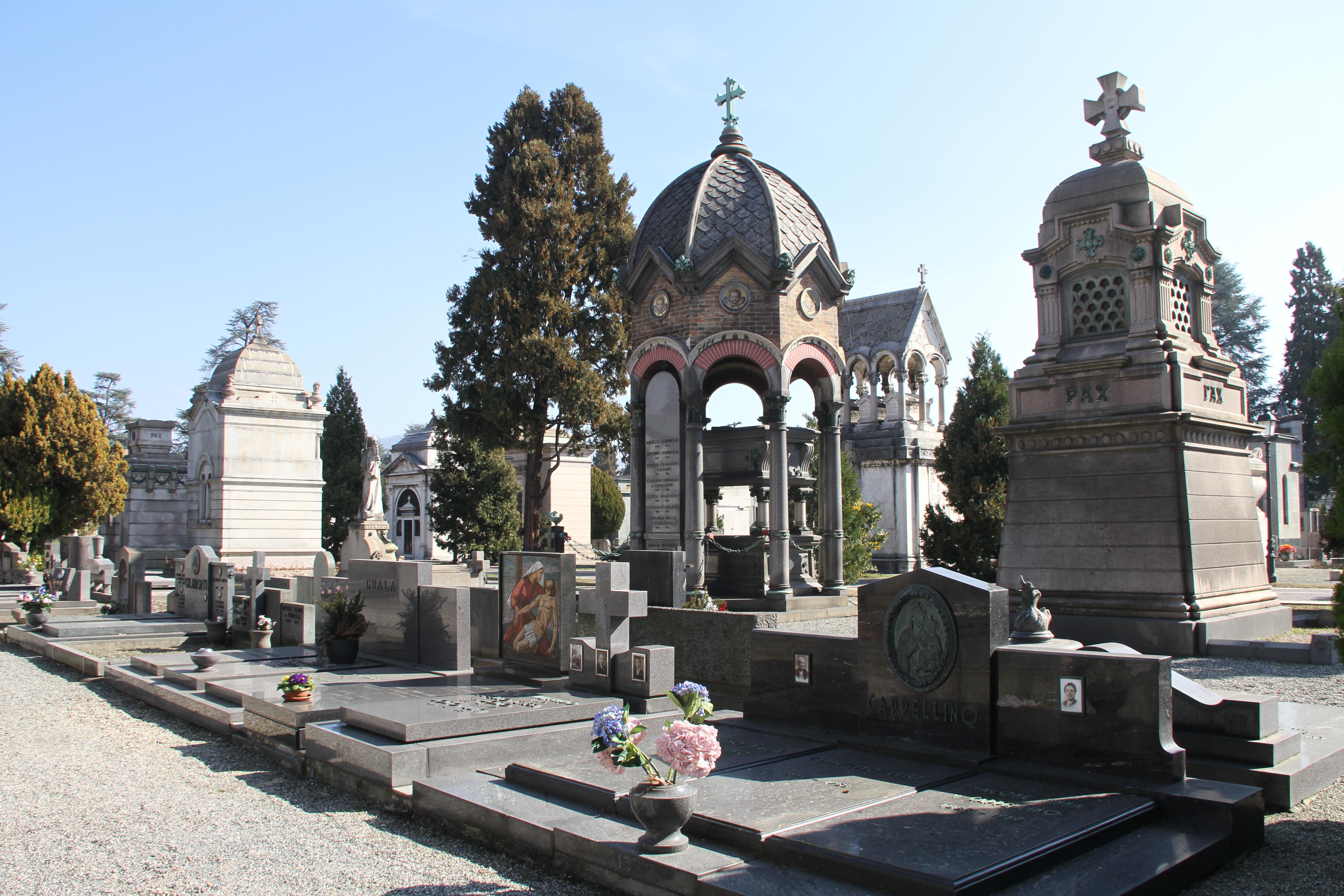 Begraafplaats Turijn met kinderen
