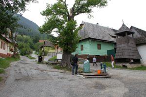 Vlkolinec Slowakije met kinderen