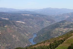 Sil vallei nabij Ourense Galicie Spanje met kinderen